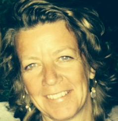 Annemarie van Raay